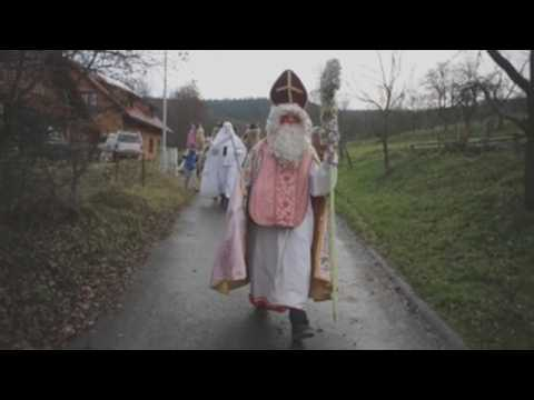 People celebrate pre-Christmas tradition amid pandemic in eastern part of Czech Republic