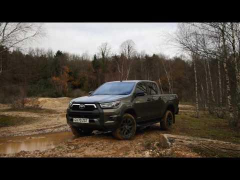 2020 Toyota Hilux Invincible X Exterior Design in Titan Bronze