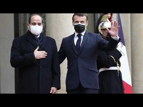 France to deepen relations with Egypt despite human rights divergences