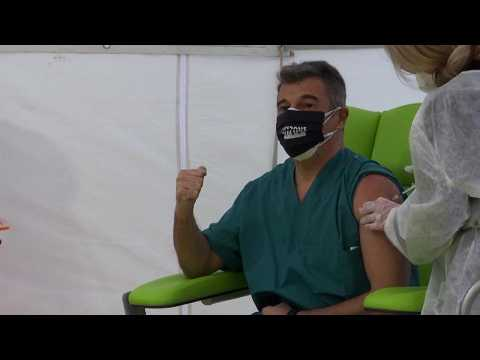 COVID vaccine: Italy puts healthcare workers at the front of the queue for coronavirus jab