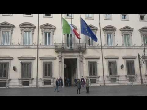 Italy faces new gov't crisis amid third wave of Covid-19