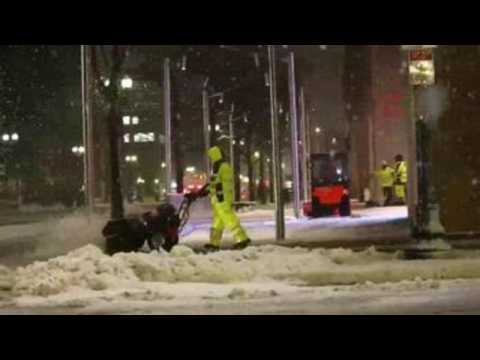 Winter storm brings heavy snow, strong wind to northeastern US