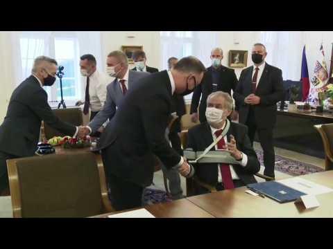 Czech president Milos Zeman welcomes Polish counterpart Andrzej Duda in Prague