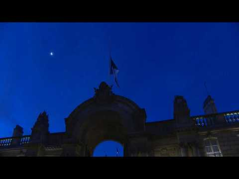 French flags at half-mast at Elysée for Giscard d'Estaing tribute
