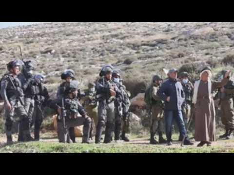 Protest against Israeli settlements in West Bank leaves seven injured
