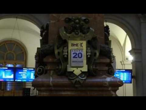 Spanish stock market reaches 8,200 points in opening session