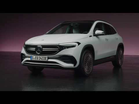 The new Mercedes EQA Exterior Design in Studio