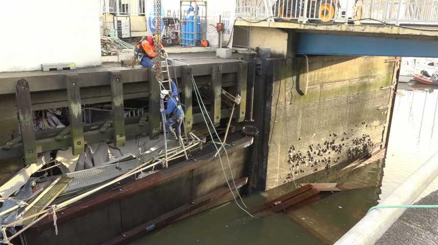 Thumbnail Lorient : rupture d'un batardeau, une catastrophe évitée